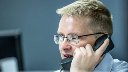 sussex accountants swindells communications man on phone